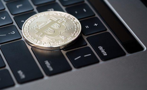 Waarom je geen cryptocurrency tokens op een exchange moet laten staan